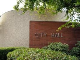 visalia_city_hall